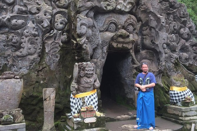 Get Your Personal Tour Guide to Explore Beautiful Island of Bali