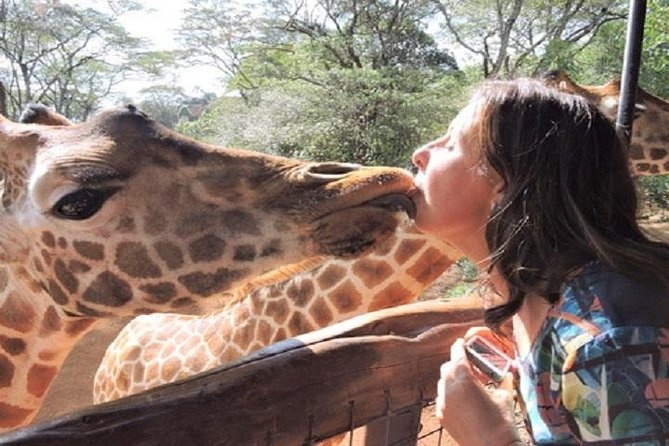 AdventureTravelKenya we offer an array of budget and mid-range group packages
