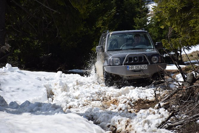 Full Day Winter Off-Road Tour in the Eastern Carpathians