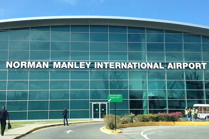 Private Round Trip Transfer: Norman Manley Airport KIN to Ocho Rios by Minivan