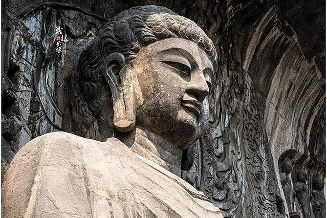 Private car/van service to Shaolin temple and Longmen Grottoes no guide