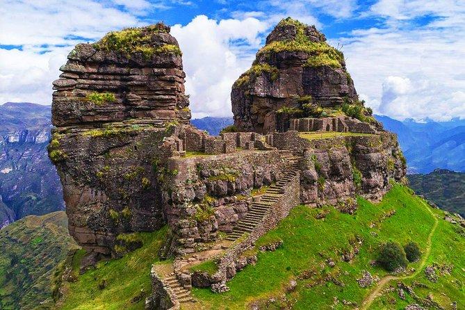 Rainbow Mountain Waqrapukara Machu Picchu 10 days tour