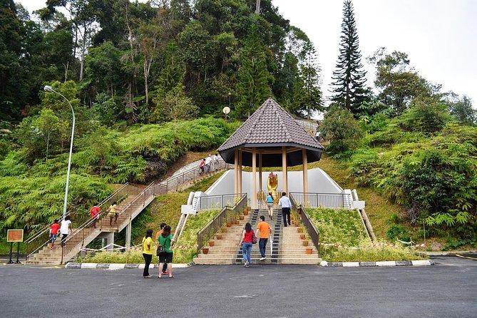 Bukit Tinggi French Village Tour from Kuala Lumpur