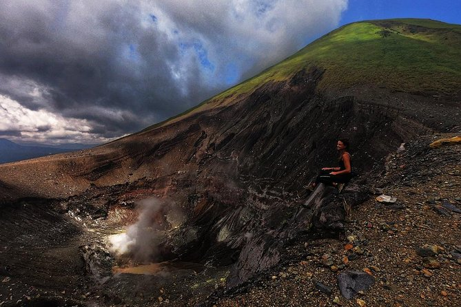 Private Sulawesi Trekking Mount Mahawu & Lokon from Manado