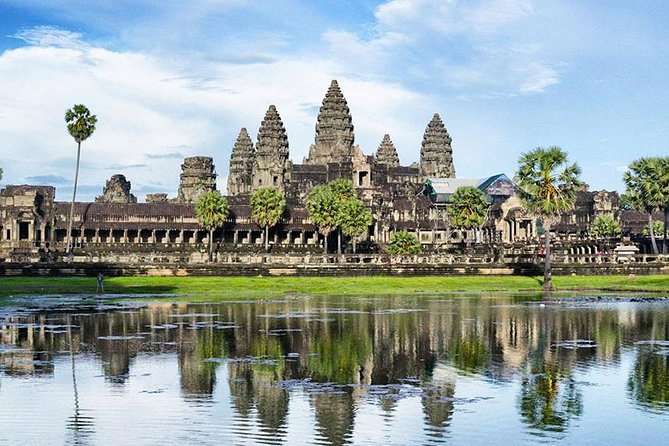 Full Day Angkor Discovery Tour photo 1