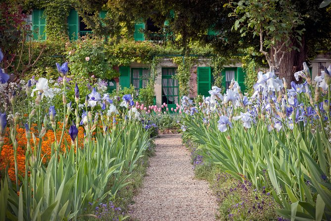 Giverny Claude Monet's House & Gardens Private English Guided Visit