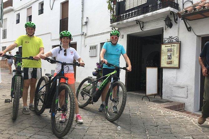 Half-day White Villages E-Mountain Bike Tour