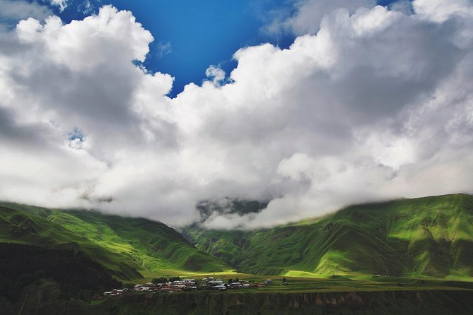 Kazbegi-gudauri Tour With Airport Transfer