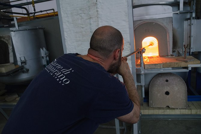 Tour in the technological Murano glass furnace and blow glass factory of Venice