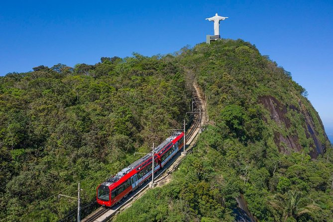 Excursão de dia inteiro no Pão de Açúcar, Maracanã e Evite Filas no Cristo Redentor de trem