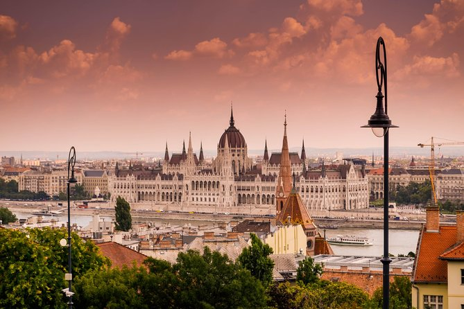Private Scenic Transfer from Vienna to Budapest with 4h of Sightseeing photo 11