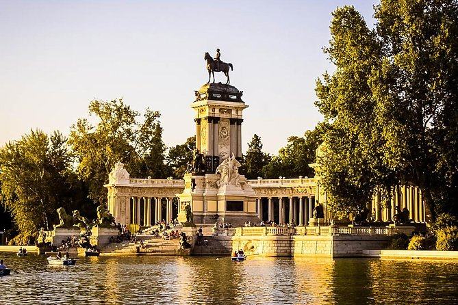 Madrid: Tour of the Royal Palace and Retiro Park photo 1