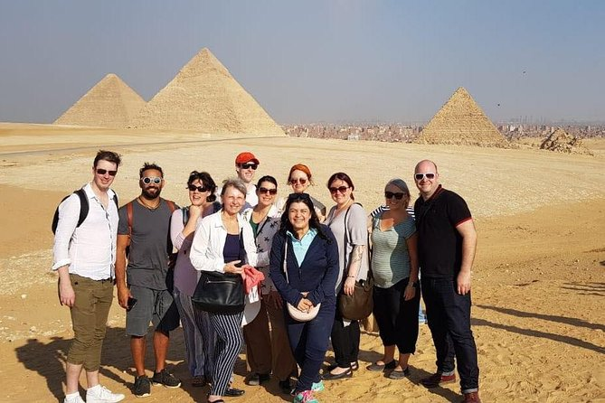 8-Hour Tour of the Pyramids,Sphinx,Egyptian Museum with Camel Ride & Lunch