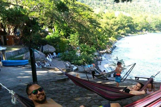 Granada+Apoyo Lagoon +handicraft market+ Masaya volcano night tour