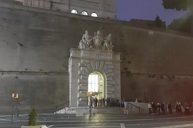 The Vatican City exclusive tour !!! No line !!! With guide !!! photo 11