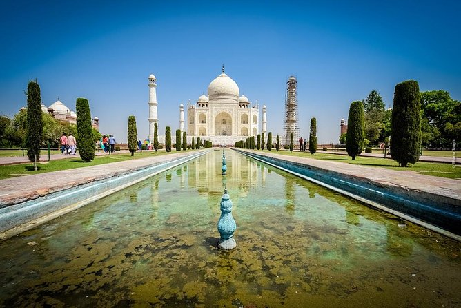 Taj Mahal Tour from Delhi Airport with Breakfast
