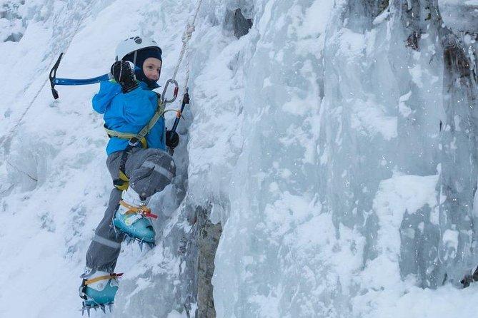 Kid's Ice Climbing Adventure in Pyhä-Luosto