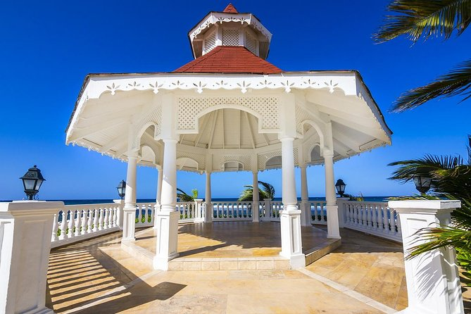 Runaway Bay Hotels Private Round Trip Transfers from MBJ
