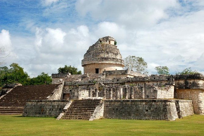 Complete Tour to Chichén Itzá, Valladolid & a Mayan Cenote for the Best Price