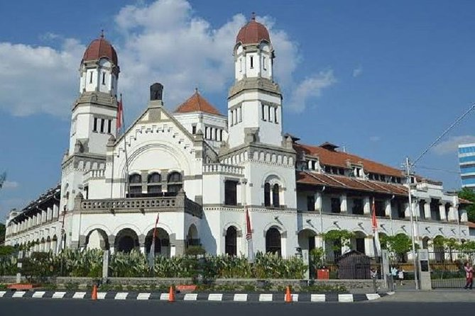 Semarang Private Customized Full-Day Tour with English Speaking Driver