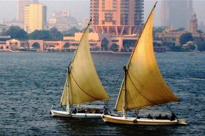 Day Tour to Giza Pyramids and Nile River tour