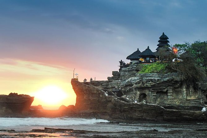 All In : Tanah Lot - JatiLuwih Rice Field - Temple - Fruit Market - Free WiFi