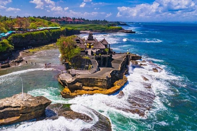 All In : Tanah Lot - JatiLuwih Rice Field - Temple - Fruit Market - Free WiFi photo 3