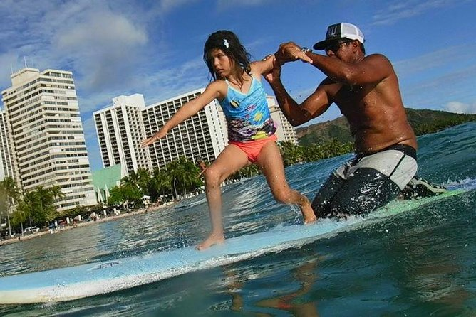 Waikiki 1 Hour Tandem Surf lesson photo 4