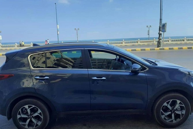 4 Hours Car rent with a driver in Giza