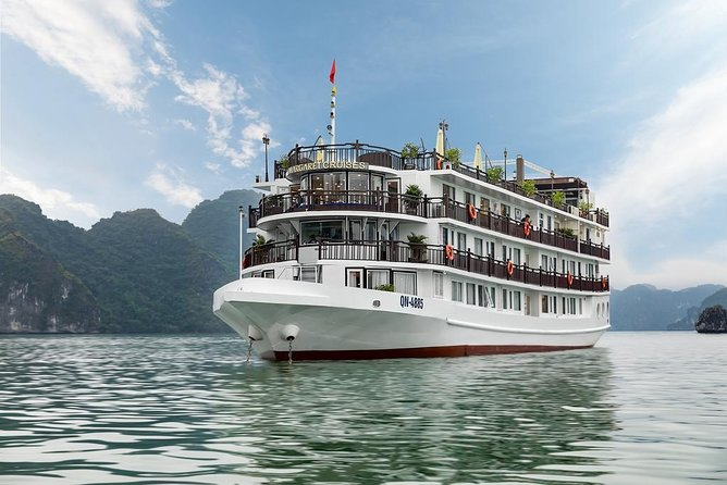 MARGARET CRUISES - Luxury 5 Star Overnight Cruise in Ha Long Bay( 2D1N Tour )