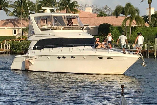 "Cruise Luxury 51' Sea Ray : Palm Beach Jupiter ""4 hours Yacht Charter"""