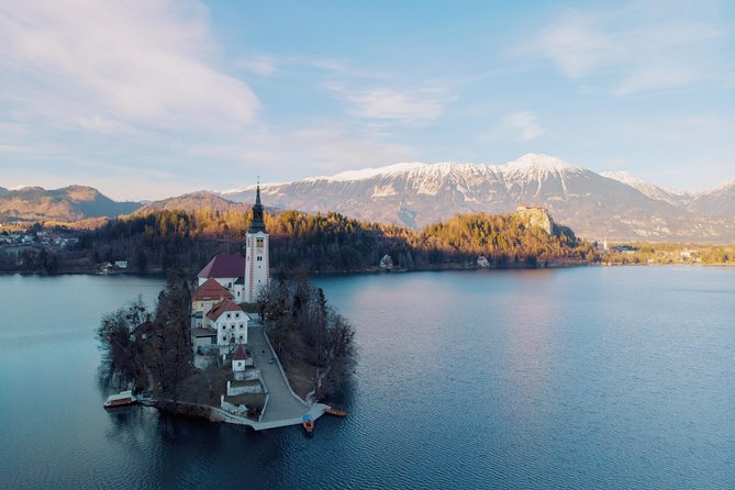 Private Group Day Trip: Lake Bled & Postojna Caves