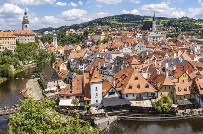 Private Transfer from Prague to Cesky Krumlov, English-speaking driver