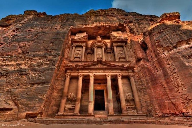 Private tours Daed sea to petra