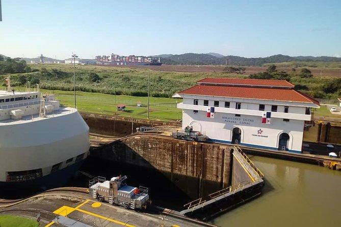 Panama City & Miraflores Locks (Panama Canal)