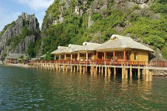 Halong Silver Sea Cruise and Bungalow Sea View In Cat Ba Island(3 Days 2 Nights)