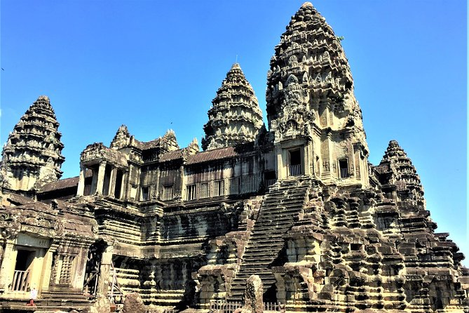 Private Angkor Wat Tour from Siem Reap photo 1