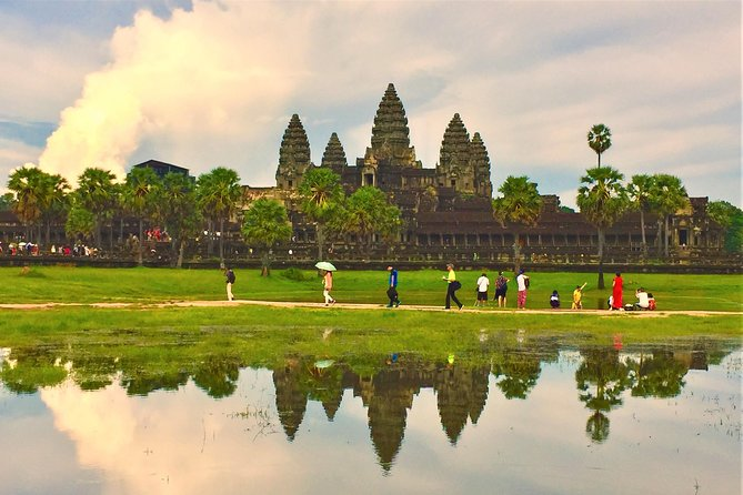 Private Angkor Wat Tour from Siem Reap photo 4