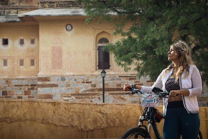 Classic Jaipur on Pedals- A Half Day Self Guided Cycle Tour