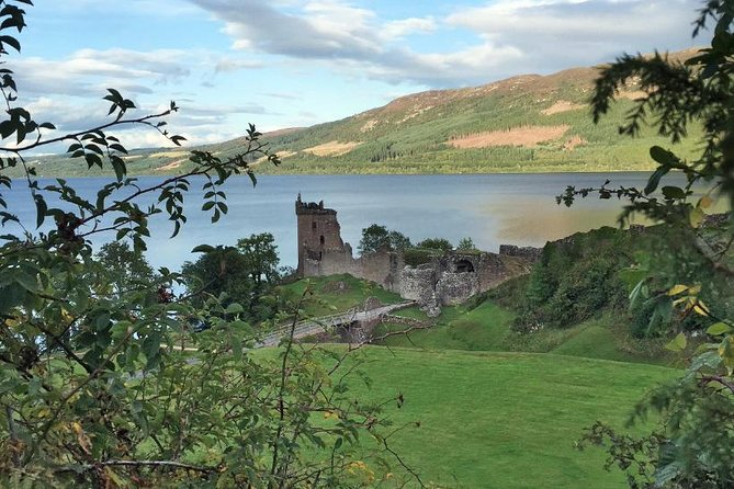 Tour 3 - Urquhart Castle, Culloden, Loch Ness, Inverness, incl. Outlander sites
