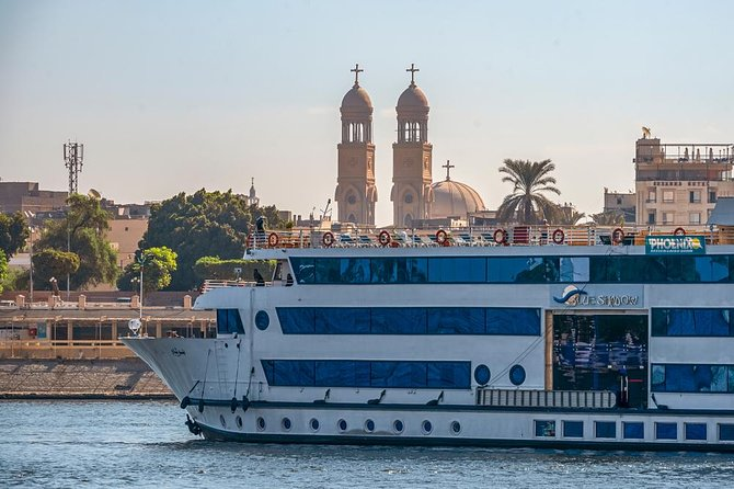 5 Day 4 Nights Nile cruise from Luxor to Aswan included the tours