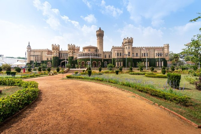 Bangalore Sightseeing Tour - A Full Day Tour in a Private Car