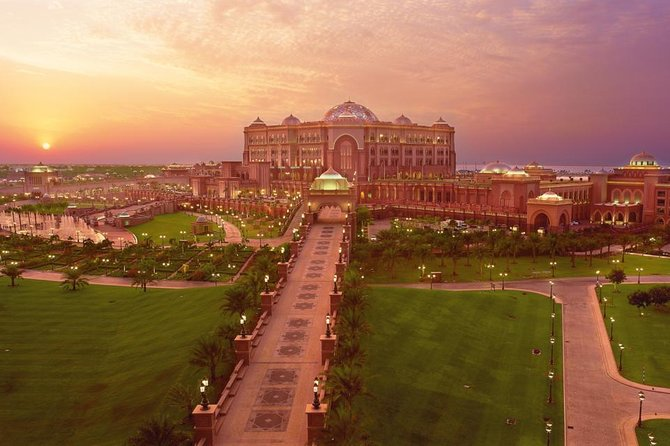 Abu Dhabi City Tour With Lunch At Emirates Palace