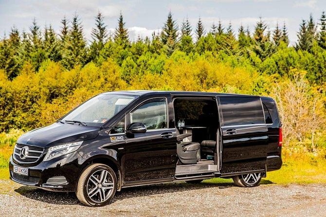 Private transport In Luxury V class Keflavik Airport - Reykjavik