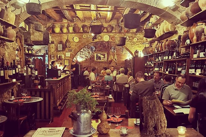 Tapas and Wine at the hidden Bodegas photo 6