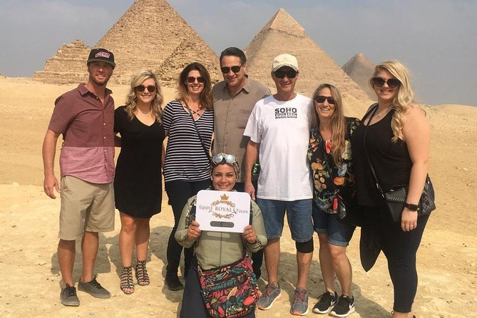 Cairo Sightseeing Tour (Giza Pyramids, Sphinx ,Museum and Bazaar)