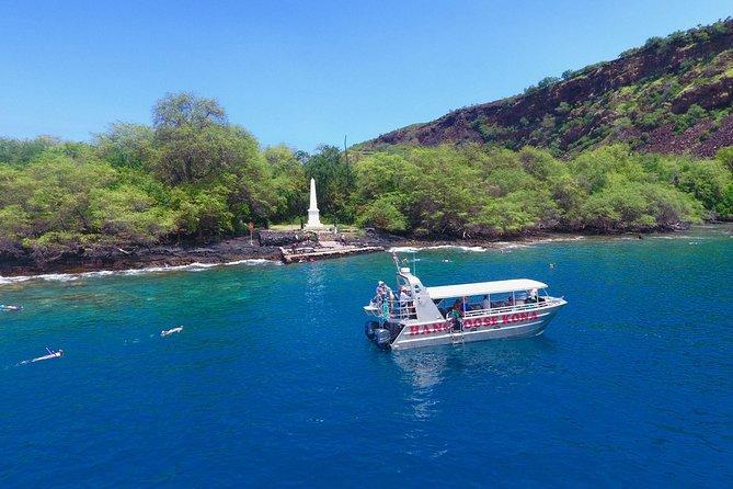 COMBO: Baía de Kealakekua e mergulho com snorkel com golfinhos selvagens e almoço