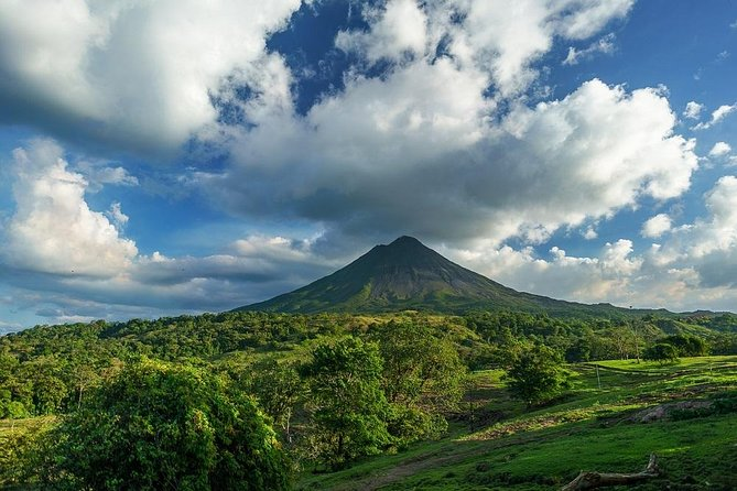 Private transport from San Jose to Arenal
