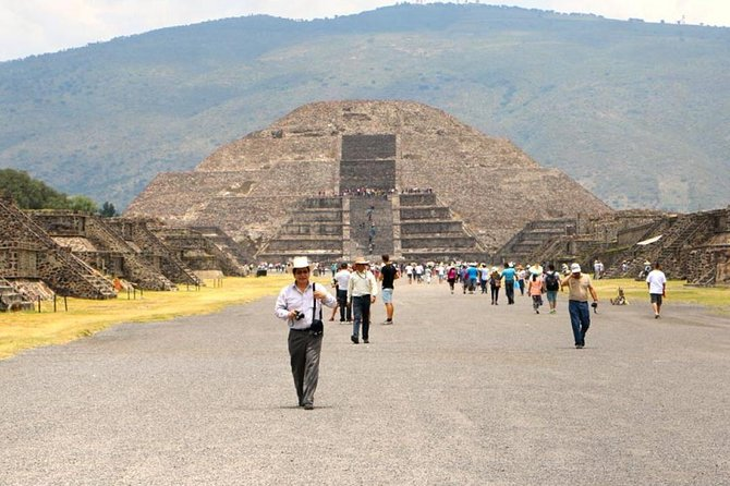 Tickets to Zona Arqueologica Teotihuacan, workshop and liquor tasting