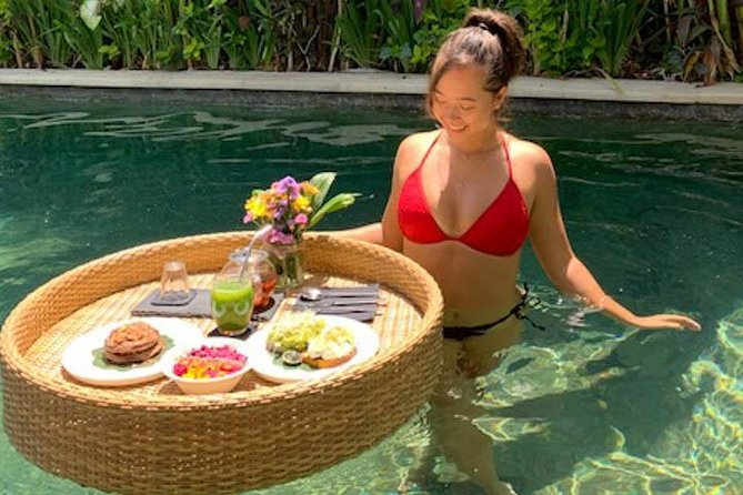 Floating Vegan Breakfast